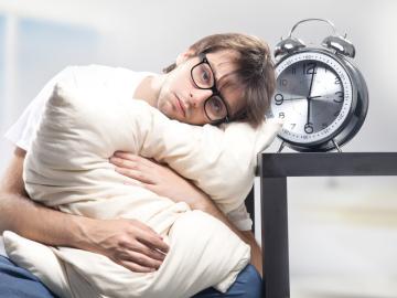 Dormir menos de 7 horas nos hace más propensos a resfriarnos