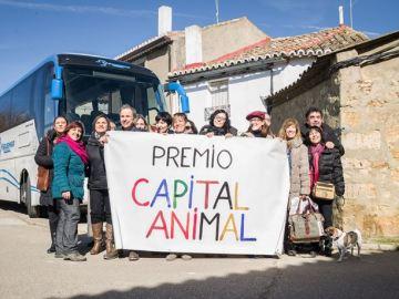 Trigueros del Valle, premiado por declarar 'vecinos no humanos' a los animales