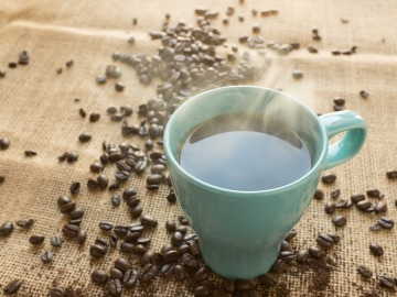Tomar café retrasa el reloj biológico