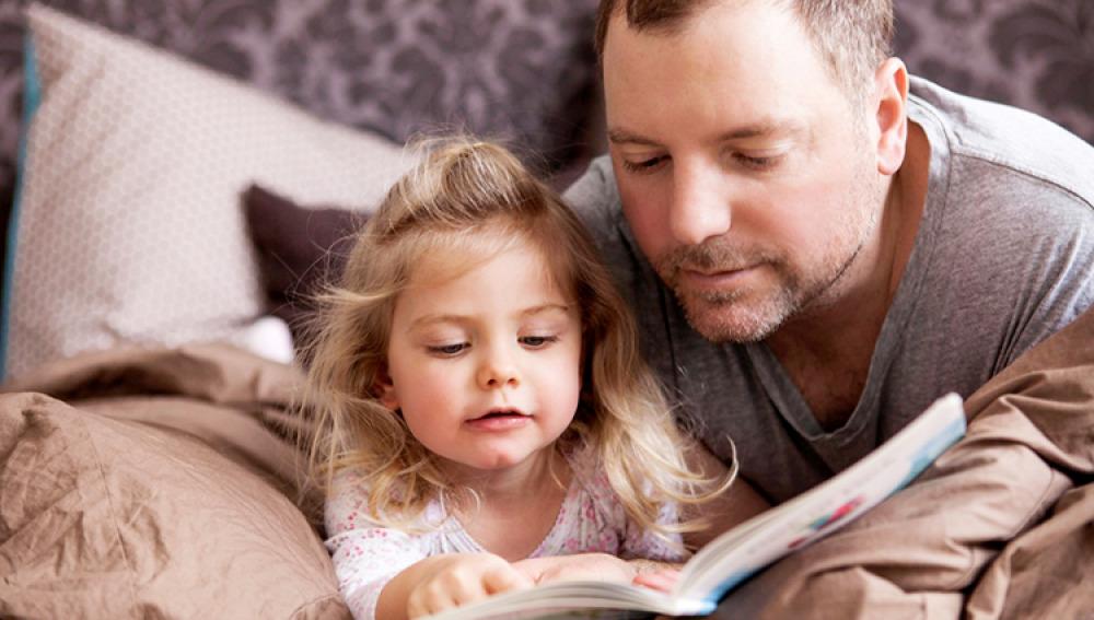 Los beneficios de leer un cuento antes de dormir