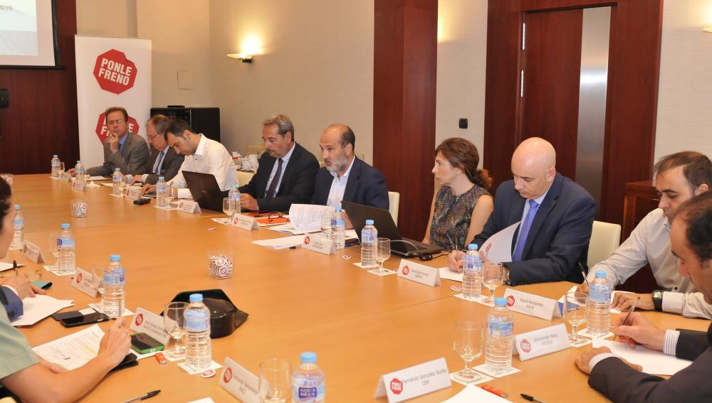 Ponle Freno convoca a su comité de expertos para valorar futuras iniciativas