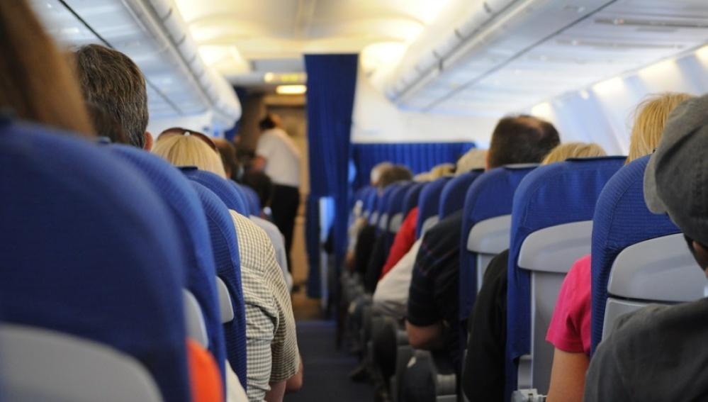 Pasajeros en un vuelo