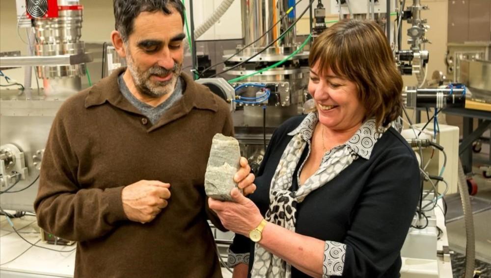 Científicos descubren el fósil más antiguo, de 3.700 millones de años, en Groenlandia