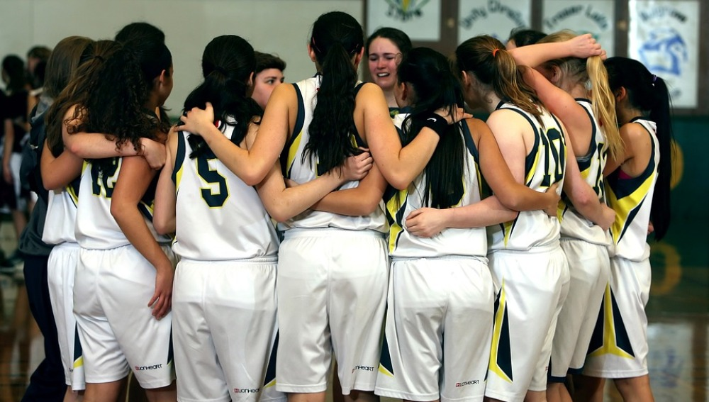 Equipo de baloncesto formado por chicas