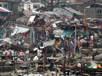 El tifón Yolanda arrasa Haiyán