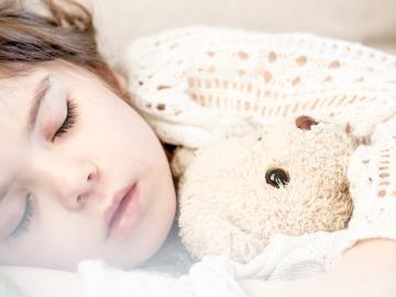 Alimentos que ayudan a que los niños duerman mejor