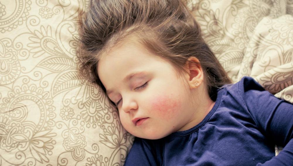 Los niños que duermen menos tienen un mayor riesgo de padecer obesidad