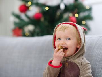 Las comidas fuera de casa esta Navidad pueden aumentar el riesgo de reacciones alérgicas en niños