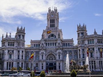 Los edificios municipales de Madrid funcionan ya con energía 100% renovable