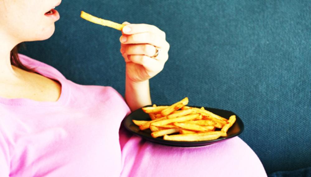 La obesidad de la madre durante el embarazo puede afectar a la salud del bebé