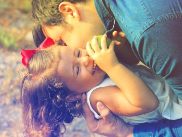 Pasar tiempo de calidad con los hijos les ayudará a su completo desarrollo personal