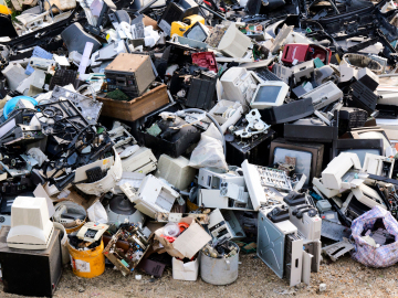 "Podemos dar ""una segunda vida"" a los residuos electrónicos e informáticos en España"