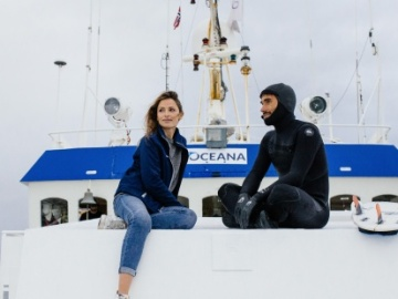 Almudena Fernández y Aritz Aranburu muestran su apoyo a la lucha contra la sobrepesca