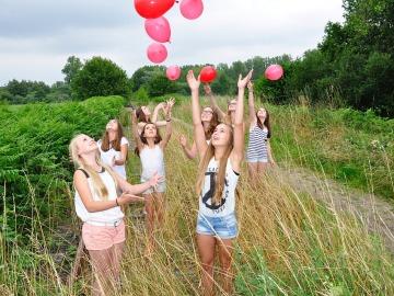 Lanzar globos al aire puede ser perjudicial para el medio ambiente
