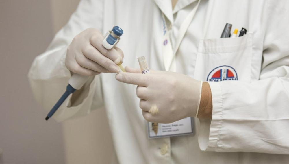 Una nueva técnica elimina miomas del útero sin pasar por quirófano y sin anestesia