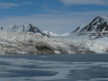 Los glaciares del oceano Artico sufren los efectos del calentamiento global