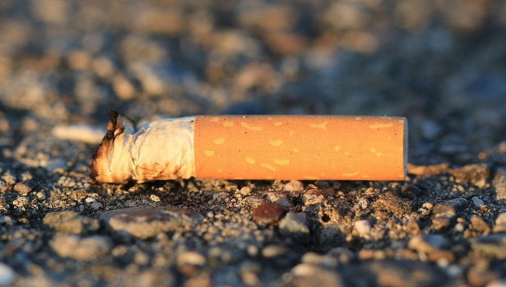 Las colillas de cigarrillo constituyen la primera fuente de basura a nivel mundial