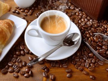 Tres cafes al dia reducen el riesgo de morir joven