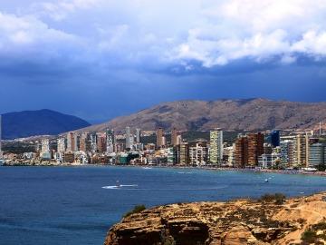 El cambio climático tendrá un impacto en el turismo de sol y playa y los ecosistemas marinos