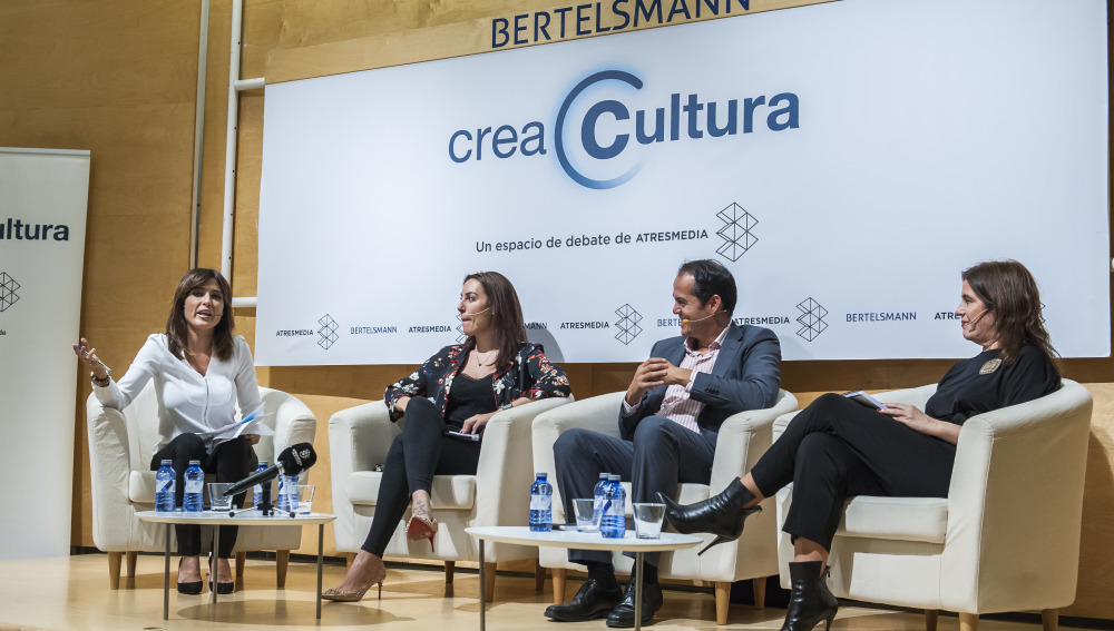 Helena Resano, Cristina Carrascosa, Álex Preukschat y Covadonga Fernández