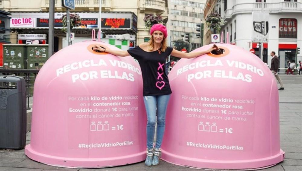 'Recicla vidrio por ellas' en el Día Mundial del Cáncer de Mama