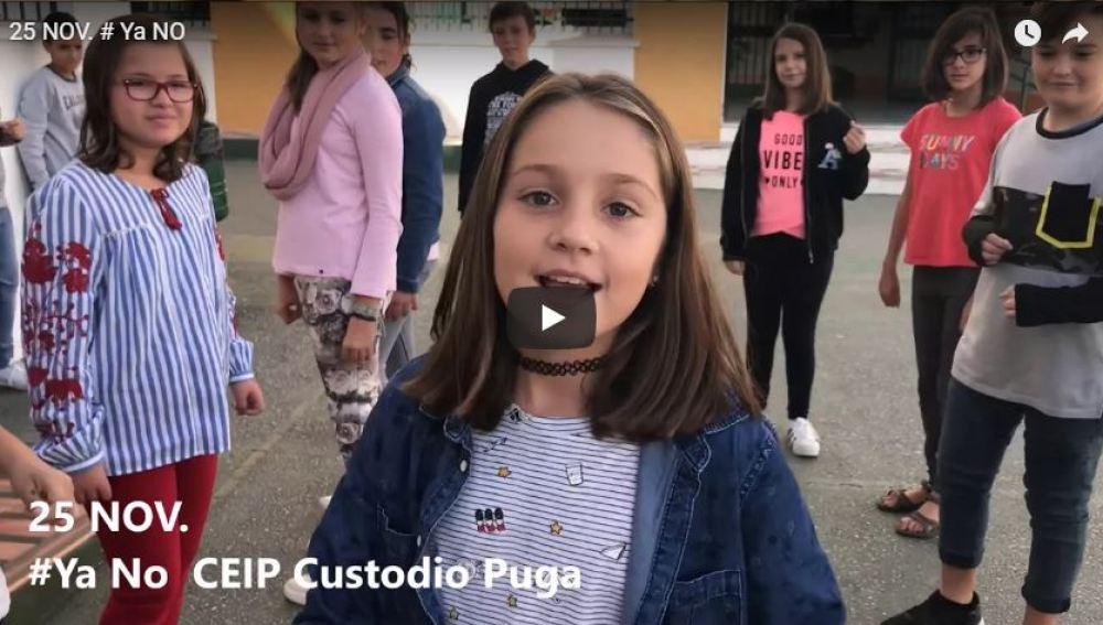 Alumnos y profesores de un colegio de Málaga graban un videoclip para la canción #YaNO | Tolerancia Cero