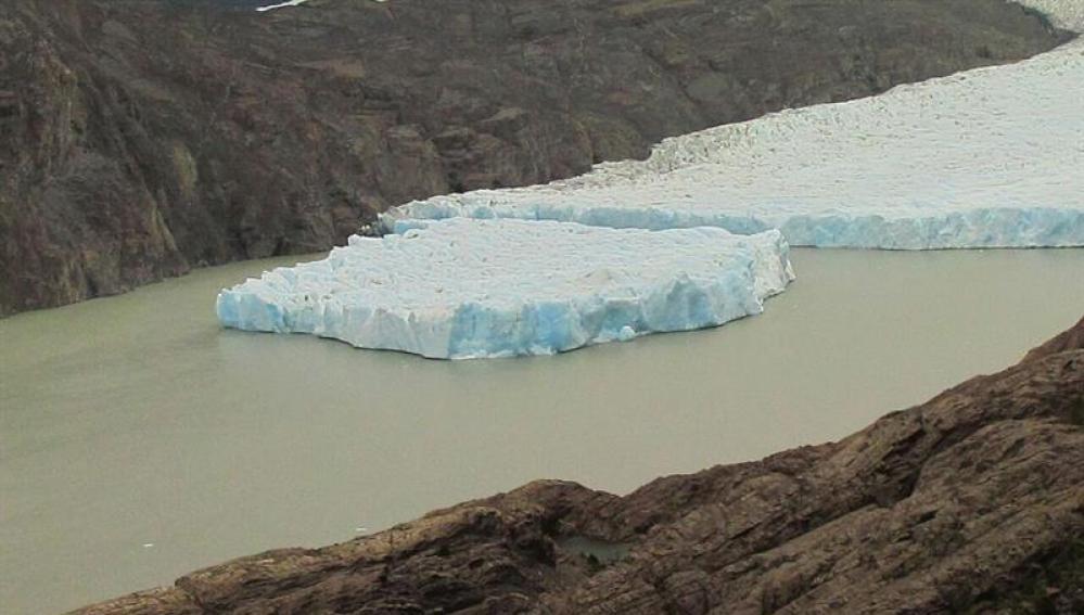 Fractura del glaciar Grey