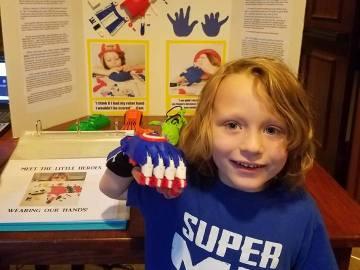 Cameron, el niño que diseña prótesis 3D