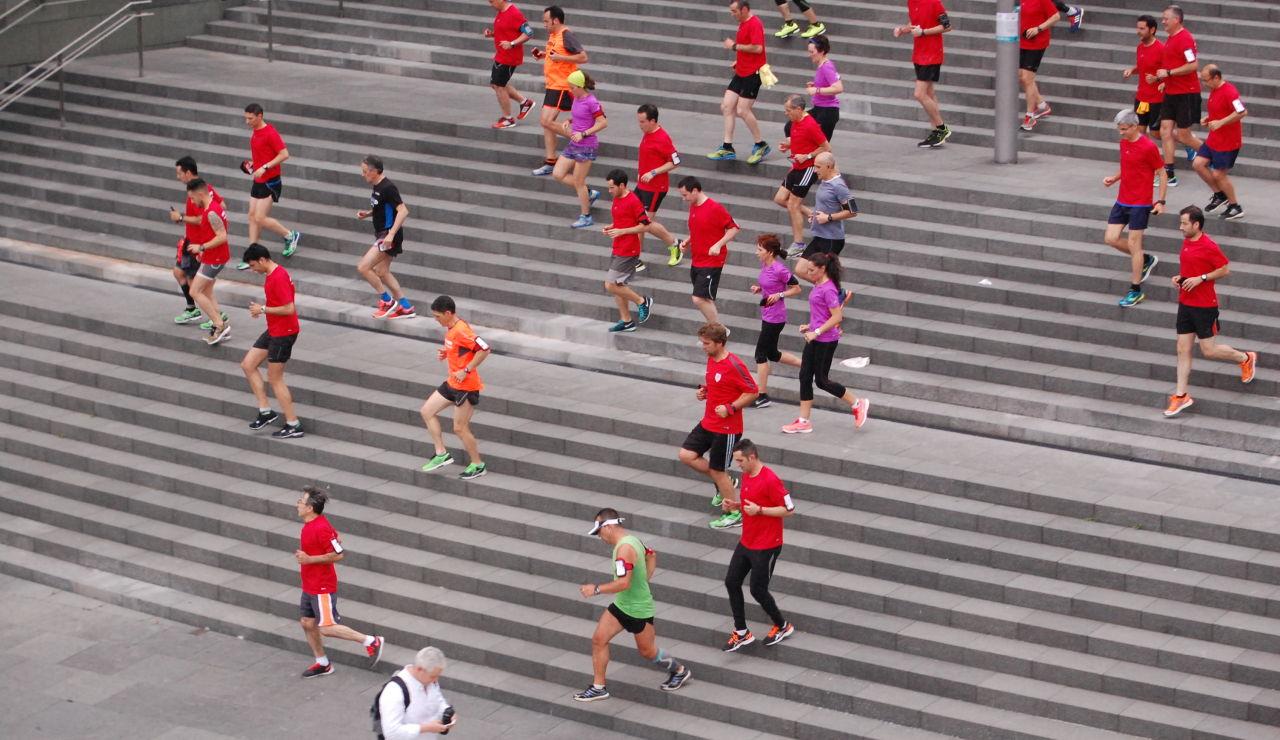 Un grupo de runners durante una masterclass