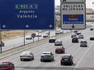 El primer fin de semana del verano acaba con 12 muertos en las carreteras