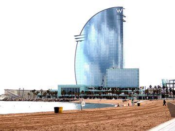 Ocho nuevos arrecifes para potenciar la biodiversidad marina en el litoral metropolitano de Barcelona