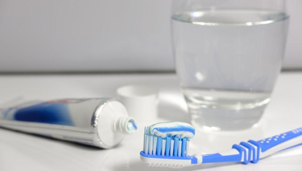 La falta de higiene dental en mayores podría asociarse con problemas respiratorios