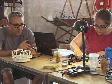 'Repair Cafés', la iniciativa que nace contra la cultura de usar y tirar