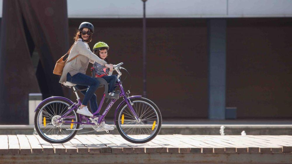 Sillita delantera para niños en la bici