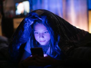 El fenómeno 'vamping' afecta principalmente a adolescentes, pero su efecto sobre los niños es peor