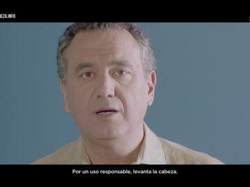 Roberto Brasero concienciado con la brecha digital en el último spot