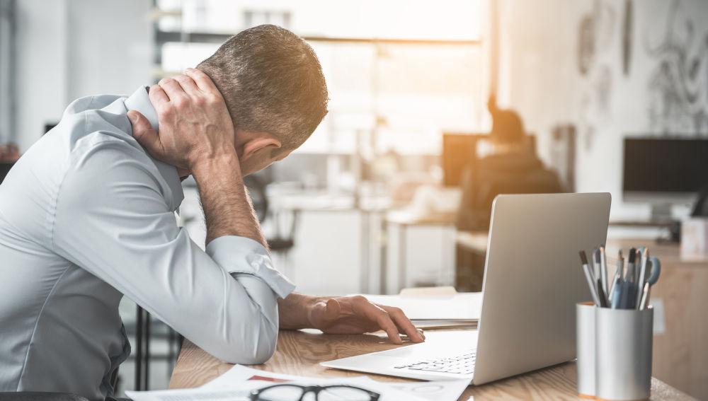 Los dolores físicos por el mal uso de la tecnología están aumentando.