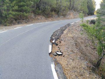 Carretera en mal estado cc-64