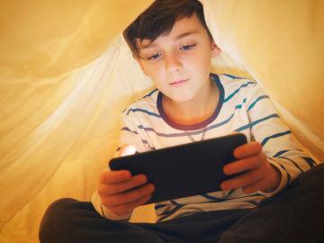 Internet ocupa cada vez más tiempo de ocio de los jóvenes.