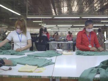 El reto de la moda sostenible: Consumimos un 60 % más de prendas que hace 15 años