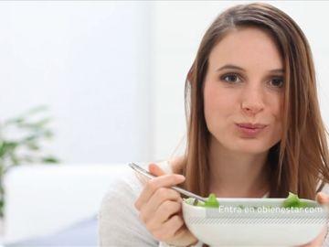 Añade frutos secos en tus ensaladas