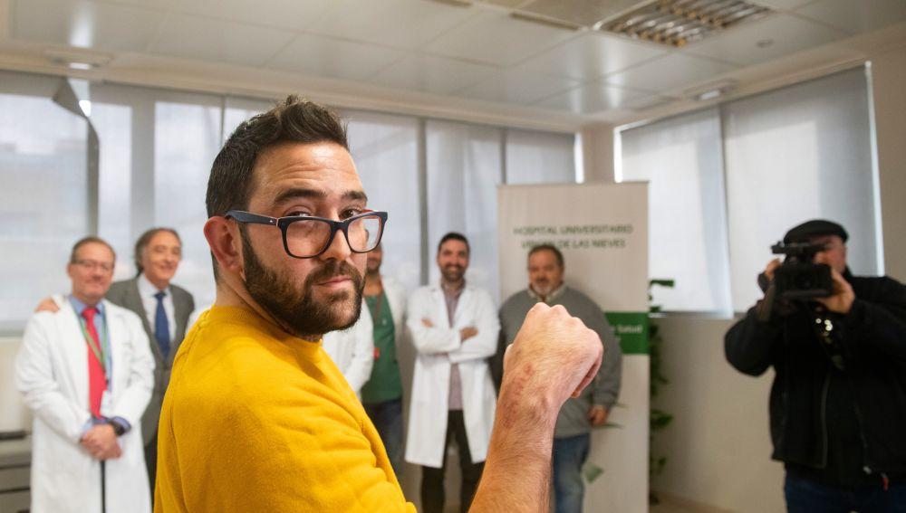 Implantan por primera vez en España una prótesis de muñeca en 3D personalizada