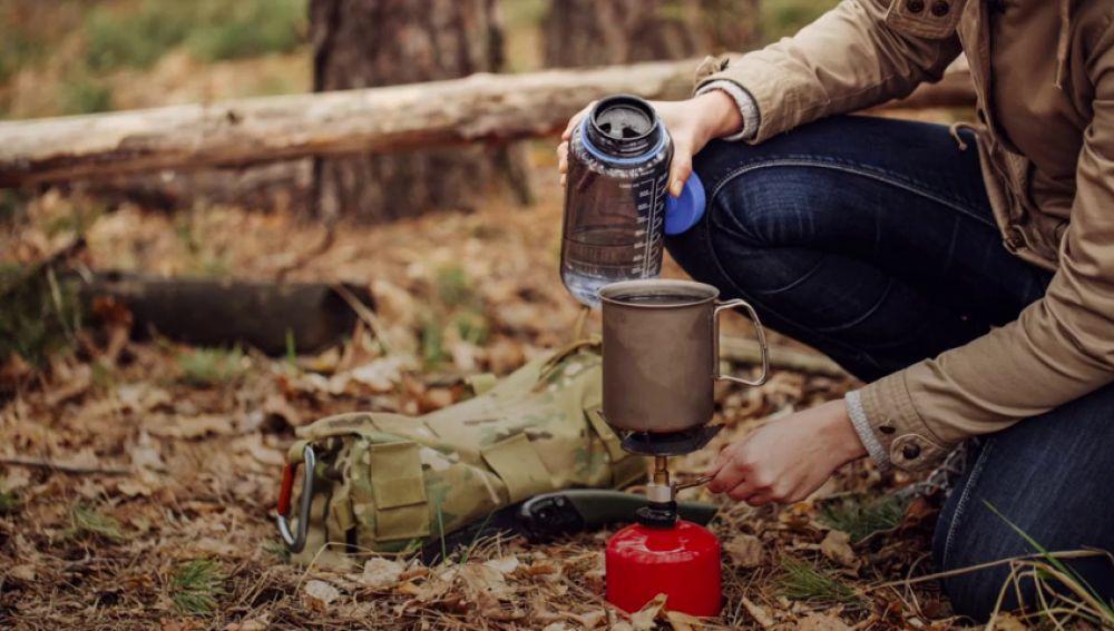 Imagen camping en la naturaleza