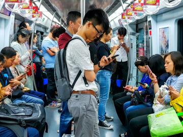 China obliga al reconocimiento facial de todos los usuarios de móvil.