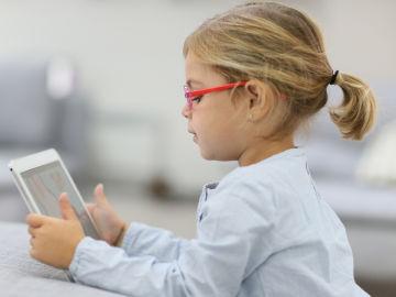 Menores ante las pantallas