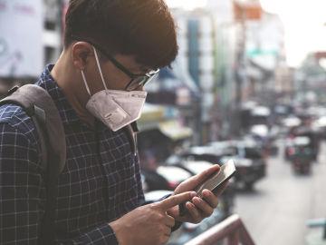 La OMS trata de desmentir los bulos sobre el coronavirus en redes sociales.