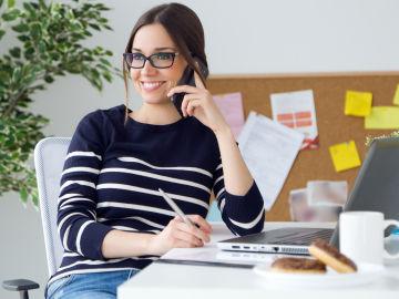Rompe la distancia social con una llamada de teléfono
