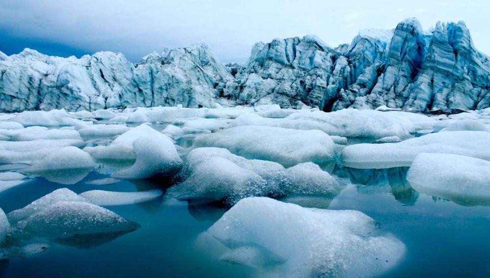 El Artico perderia todo su hielo marino estival en 30 anos si siguiera derritiendose al ritmo actual