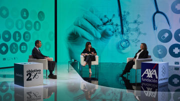 Pedro Duque y Ángela Nieto en las I Conversaciones Constantes y Vitales