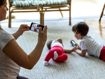 Compartir fotos de menores